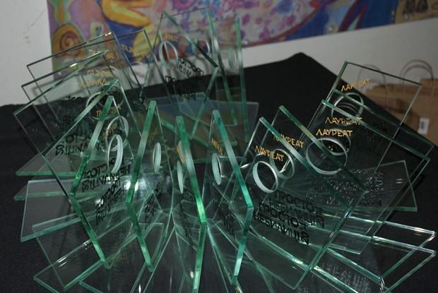Переможці Всеукраїнського проекту «Конкурс образотворчого та декоративного мистецтва «ПРОСТО НЕБИЛИЦІ» 2014
